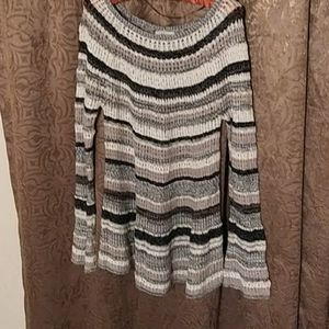 Dresses & Skirts - Knitted long sleeve dress